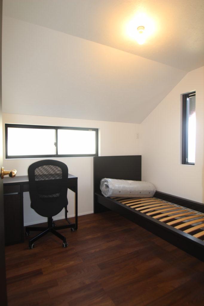 モダンな空間を楽しむホテルライクな邸宅