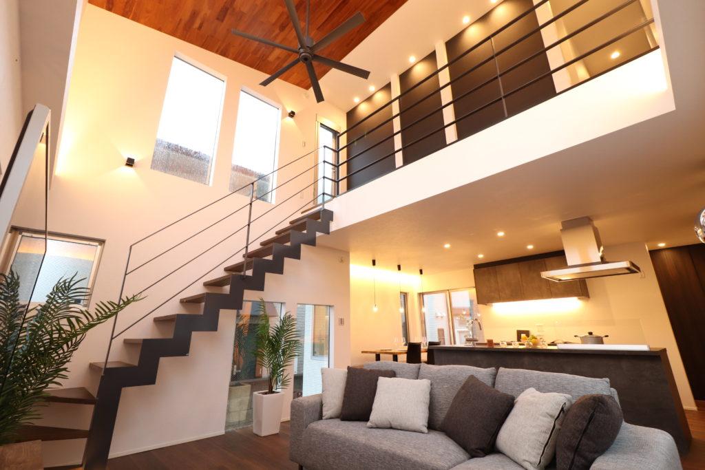 空間本来の個性を享受するデザイナーズハウス